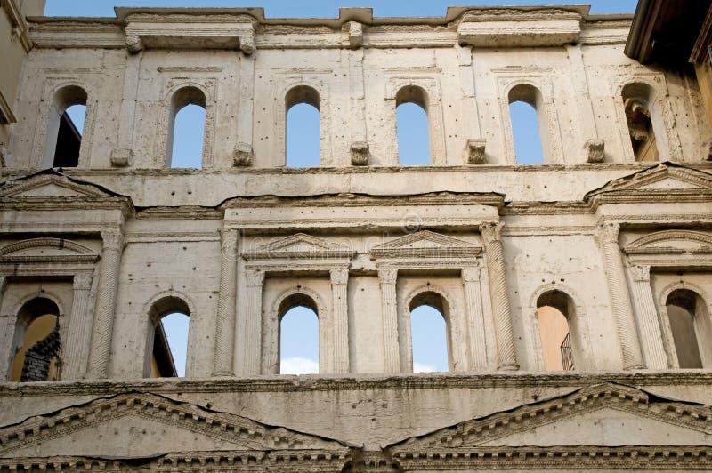 Download Architektury borsari porta zdjęcie stock. Obraz złożonej z podróż - 13331230