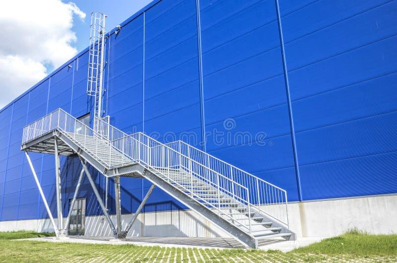 architektury tła budynku nagłego wypadku ucieczki ogienia schodki miastowi zdjęcie royalty free