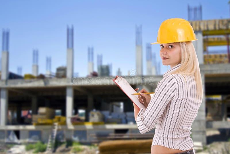 Architetto femminile fotografia stock immagine di sorriso for Costruttore blueprint gratuito