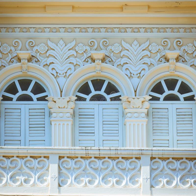 Architettura Chino-portoghese di stile a Phuket fotografia stock libera da diritti
