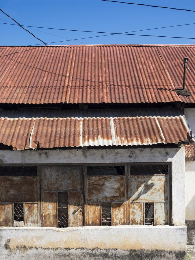 ARCHITETTURA COLOURFUL DELLA PORTA & DI WINDOWS - FLORES, GUATEMALA fotografia stock