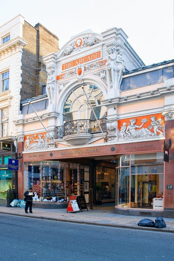 Architettura del centro commerciale nella città Regno Unito di Londra fotografie stock