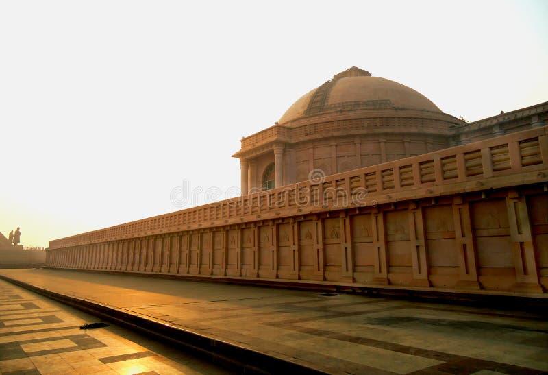 Architettura della Stonework rossa Dr. Ambedkar immagini stock libere da diritti