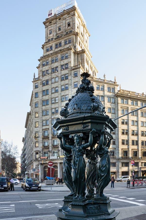Architettura di Barcellona, Spagna, decorazione scultorea, Avinguda D fotografie stock libere da diritti