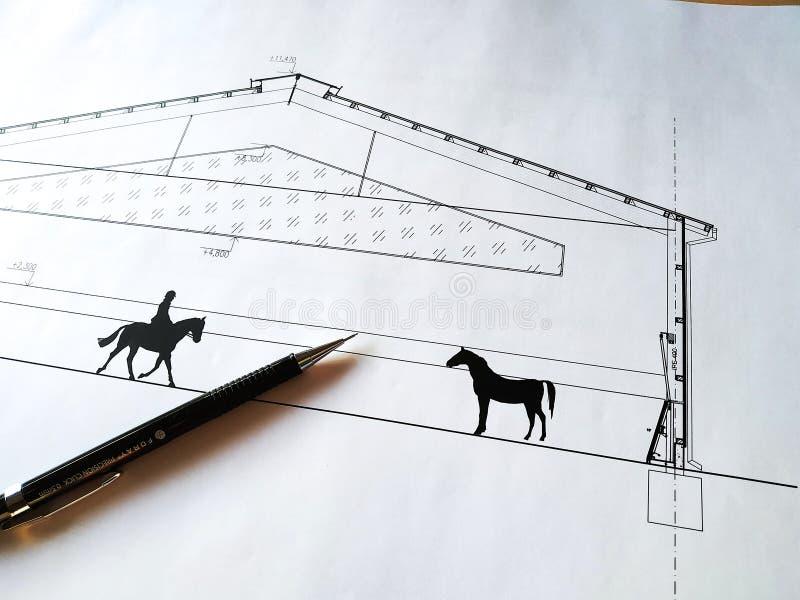Architettura di disegno di costruzione Cavallo di carenaggio Architettura Dettaglio White paper con dimensioni e linee, matita fotografia stock libera da diritti