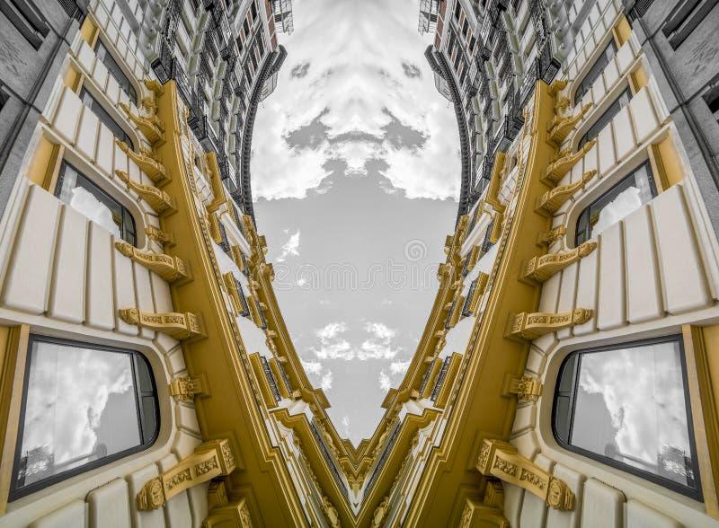 Architettura geometrica e astratta, costruzione neoclassica con il gre fotografia stock libera da diritti