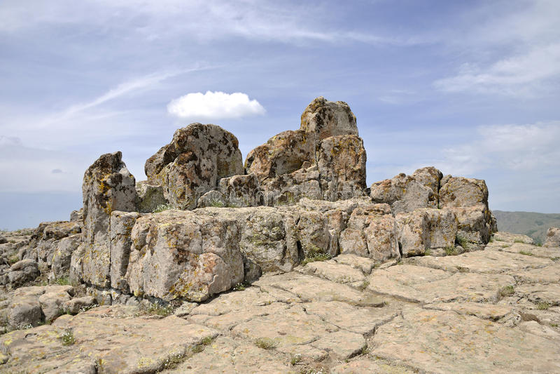 Architettura megalitica - osservatorio Kokino fotografia stock
