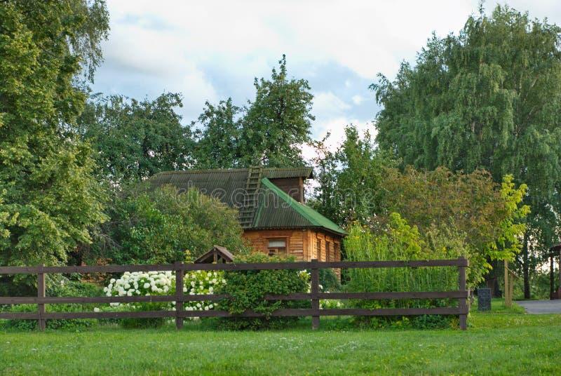 Architettura meravigliosa e bellezza naturale nella riserva Kolomenskoye del museo a Mosca immagine stock libera da diritti