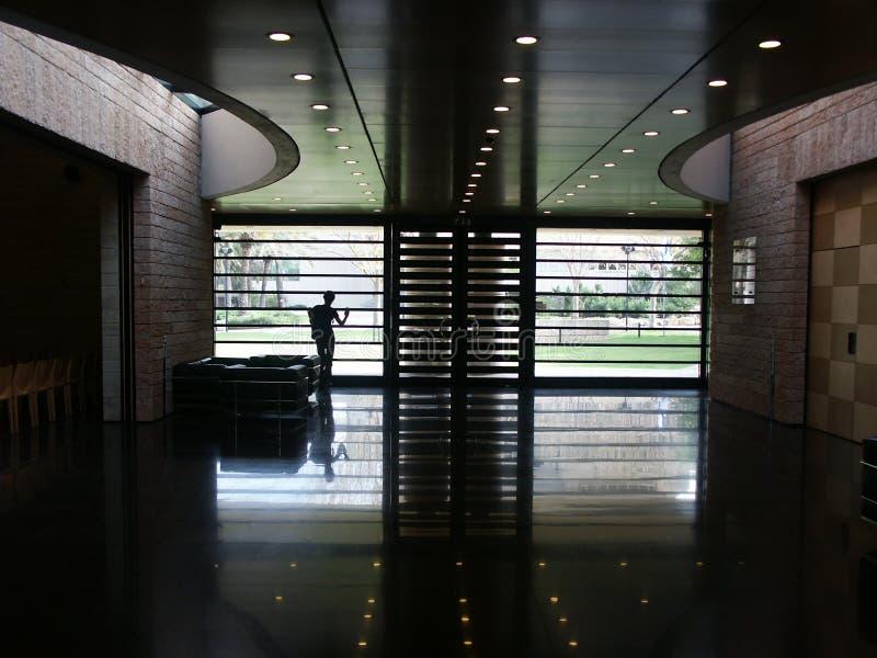 Download Architettura moderna fotografia stock. Immagine di università - 223236