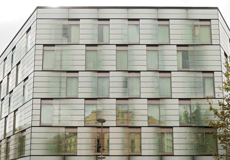 Architettura moderna a barcellona spagna fotografia stock for Architettura moderna barcellona