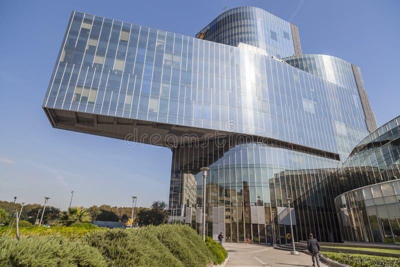 Architettura moderna torre mare nostrum o gas natural di for Architettura moderna barcellona