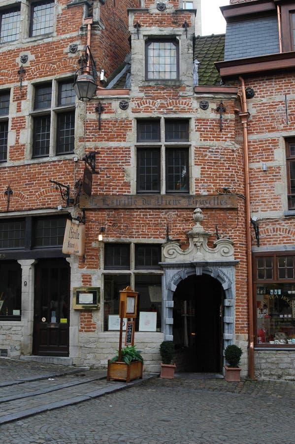 Architettura nella parte storica di Bruxelles, Belgio fotografia stock libera da diritti