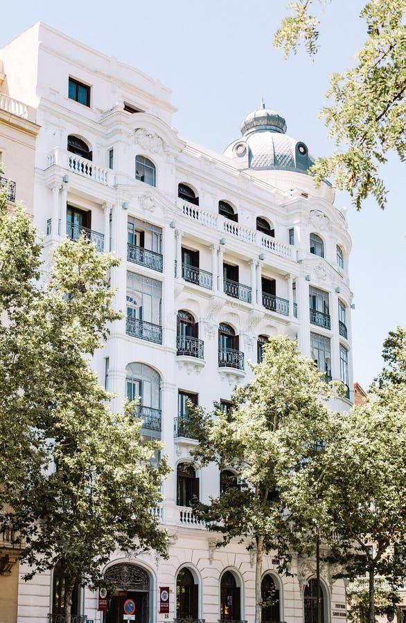 Architettura spagnola tradizionale a Madrid del centro fotografie stock