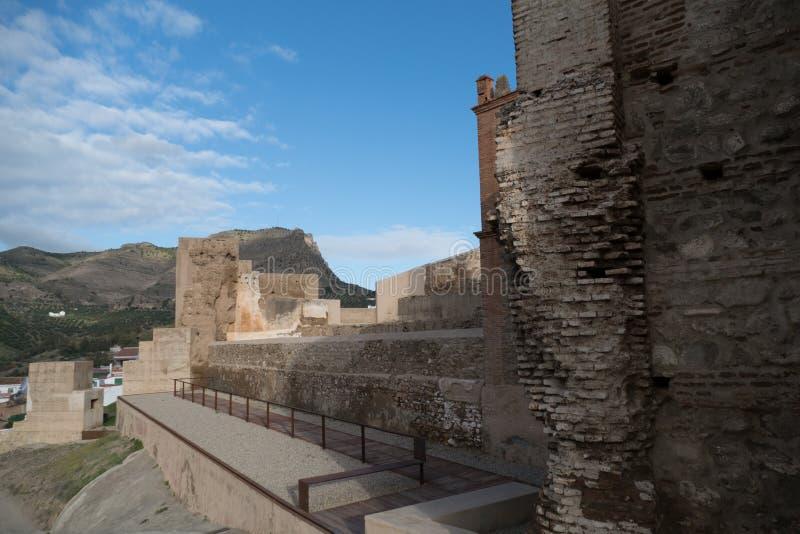 Architettura spagnola tradizionale nel villaggio di Alora fotografia stock libera da diritti