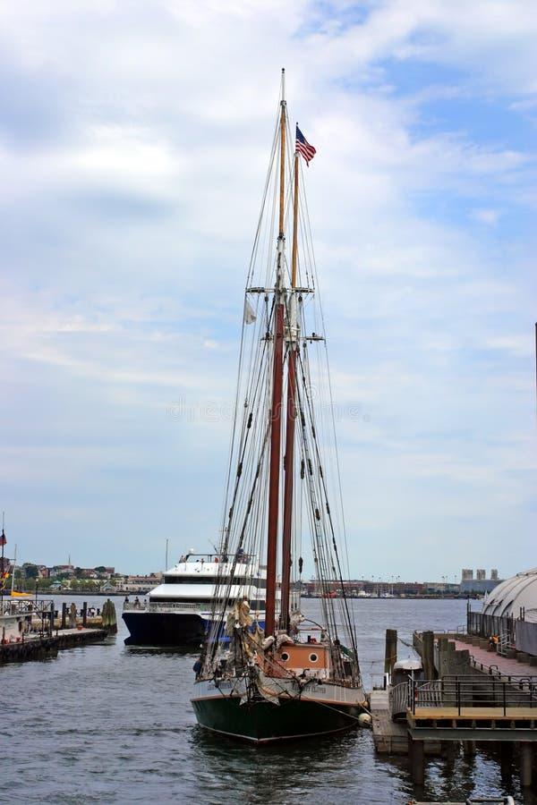 Archivbild von Boston-Skylinen, innerer Hafen, USA lizenzfreies stockfoto