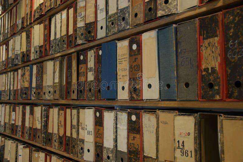 Archivi delle biblioteche immagine stock libera da diritti