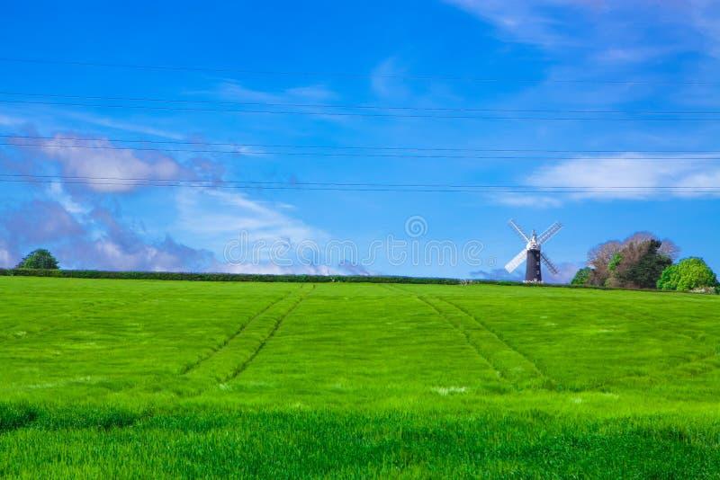 Archiviert mit Windmühle lizenzfreies stockbild