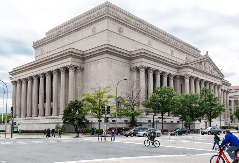 Archivos nacionales que construyen Washington DC imagenes de archivo
