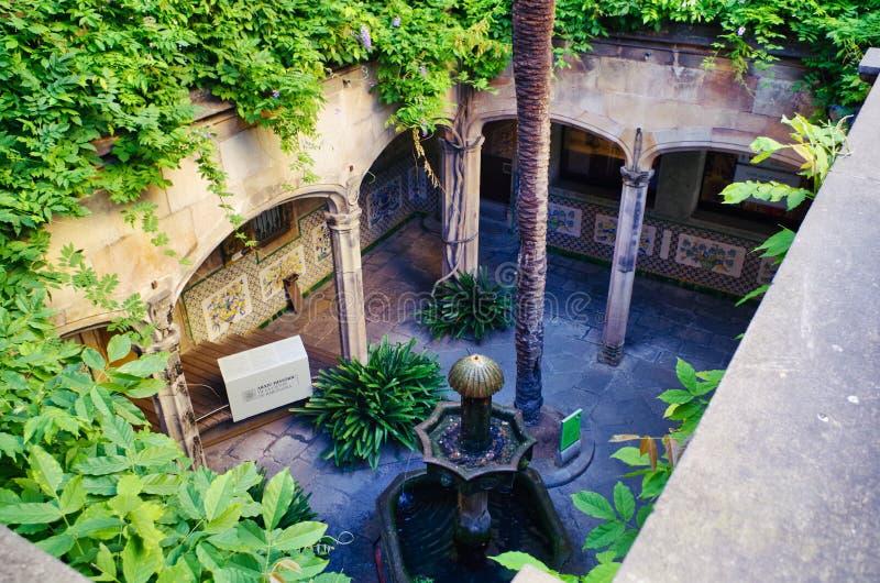 Archtecture szczegół Dziejowy archiwum miasto Barcelona, w Gockiej ćwiartce Barcelona zdjęcia stock