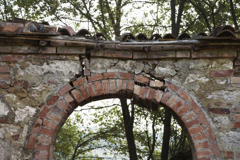 Archway de pedra ao ar livre em Toscânia, Italy. fotos de stock royalty free