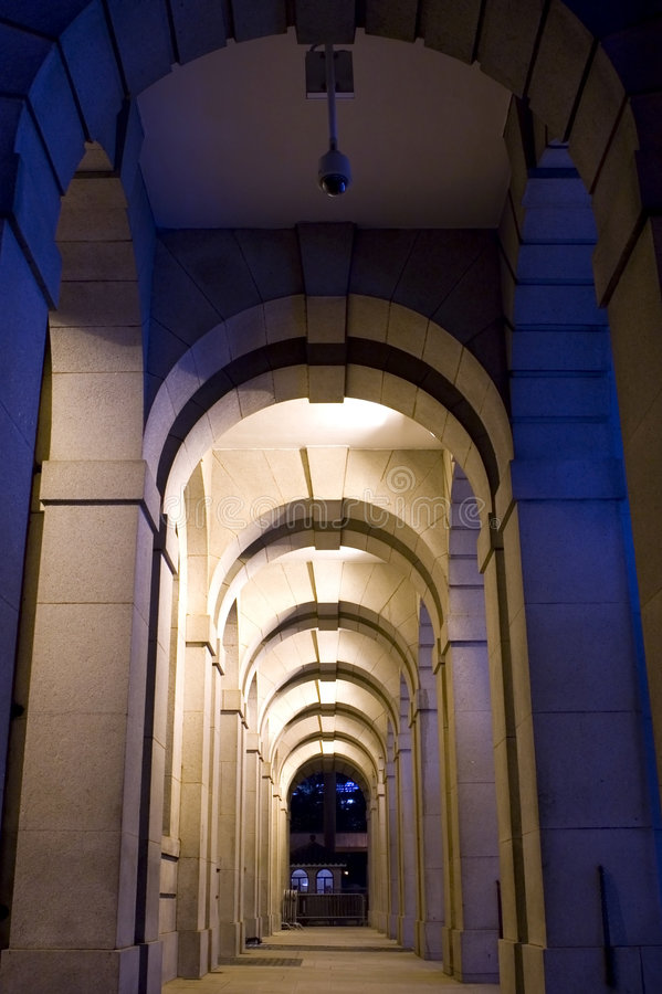 Download Archway a Hong Kong immagine stock. Immagine di luce, notte - 7306675