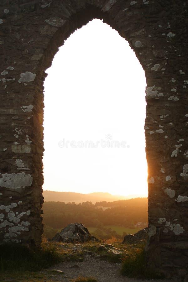 Archway su una collina fotografie stock