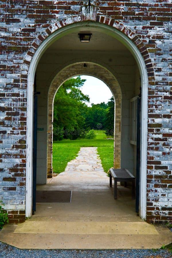 Archway velho do tijolo imagem de stock royalty free