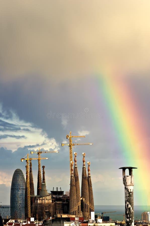 Arco-íris sobre Barcelona imagem de stock royalty free