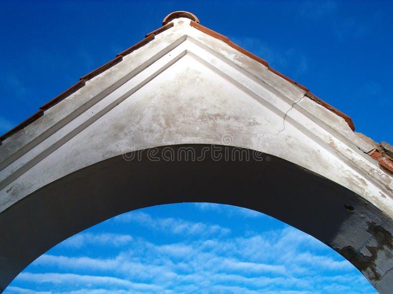 Download Arco foto de stock. Imagem de outdoor, arquitetura, céu - 50902