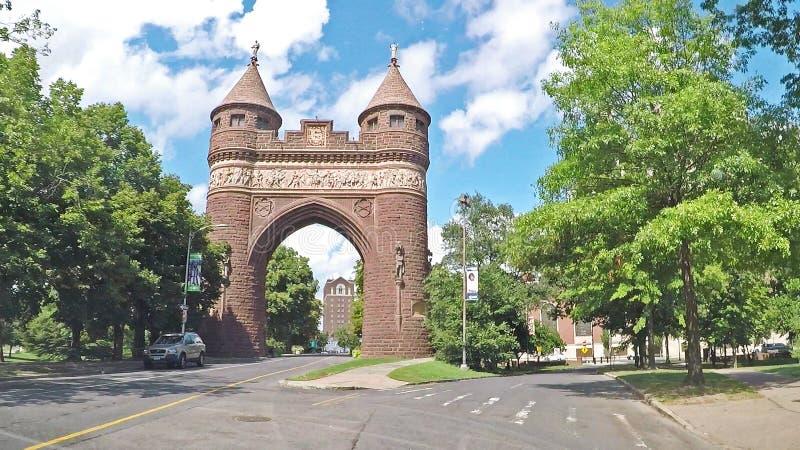 Arco conmemorativo de soldados y marineros en Hartford, Connecticut foto de archivo libre de regalías