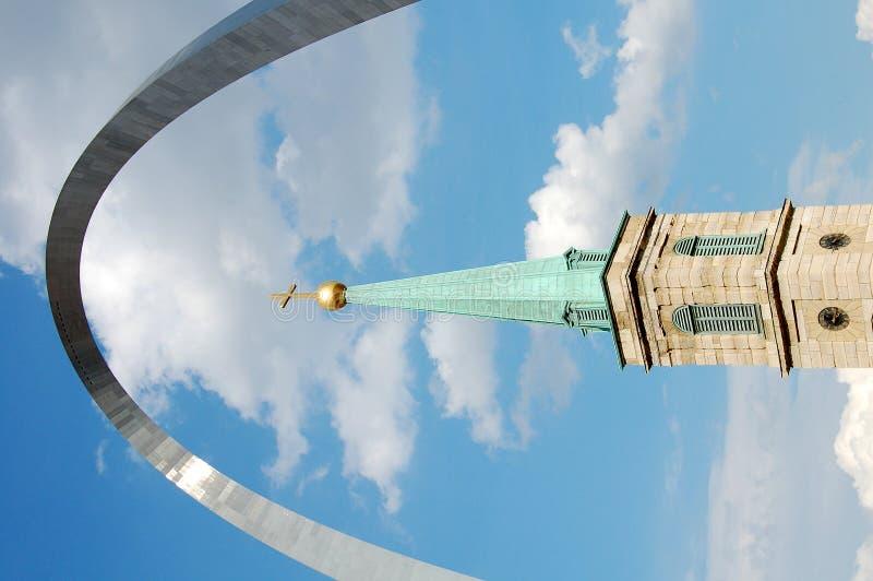Arco da catedral e do St Louis imagens de stock
