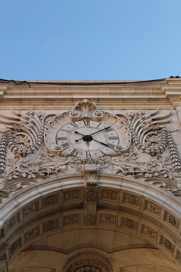 Arco da Rua Augusta in Praça fa Comercio a Lisbona immagine stock