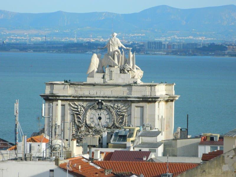 Arco DA Rua Augusta, Praca font Comercio, Lisbonne photo libre de droits