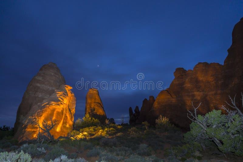 Arco da skyline na noite Moab Utá foto de stock
