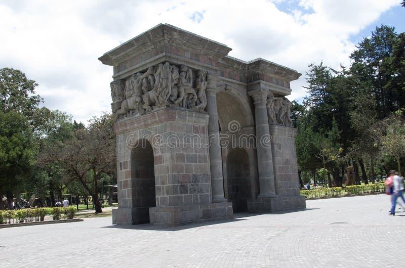 Arco de Cricasiana en Quito Ecuador Suramérica imagen de archivo libre de regalías