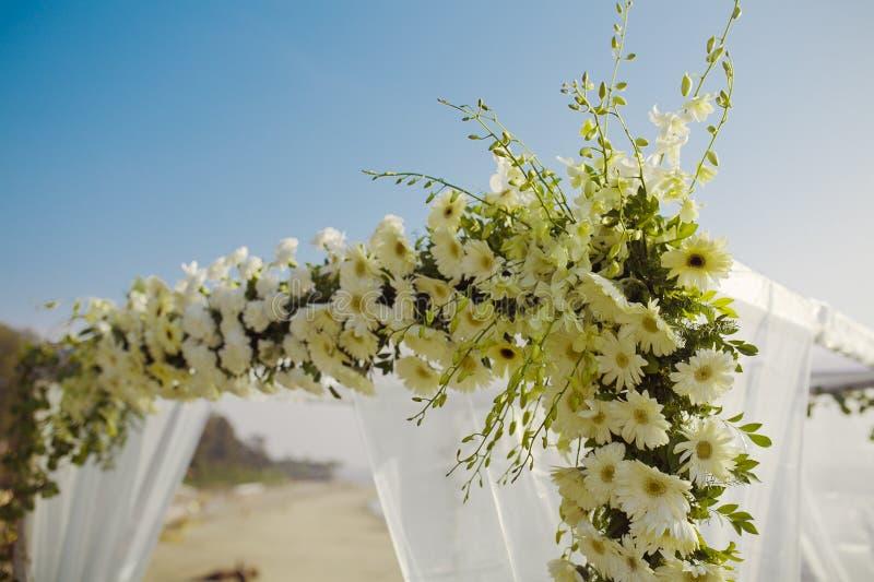Arco de la boda foto de archivo