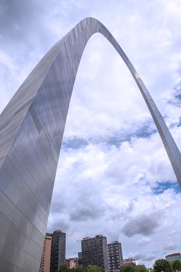 Arco de la entrada de StLouis Missouri, arquitectura, nubes, cielo imágenes de archivo libres de regalías