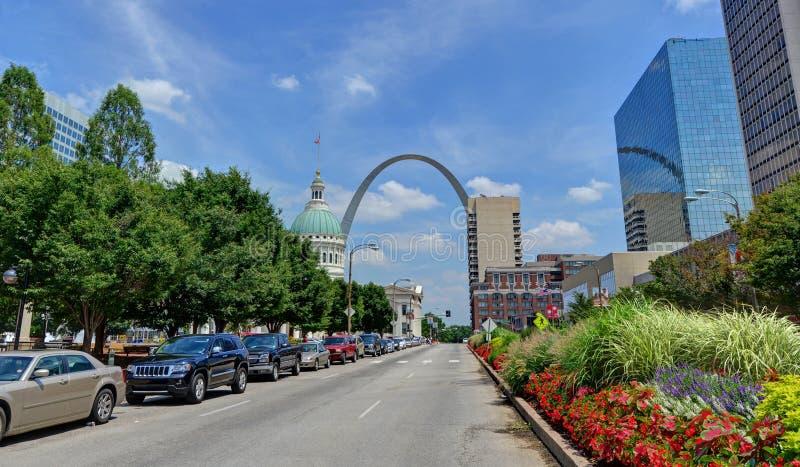 Arco de la entrada en St. Louis, Missouri foto de archivo