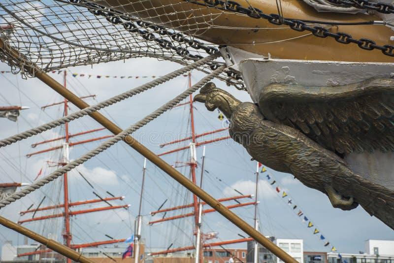 Arco de las naves como pájaro fotos de archivo