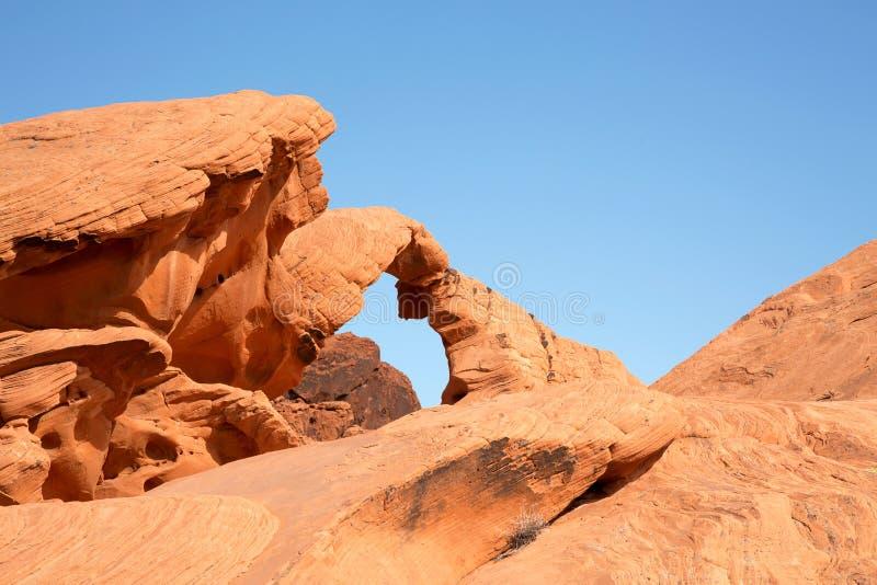 Arco de pedra no vale do fogo fotos de stock