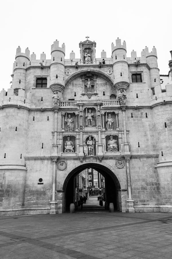 Arco de Santa Maria i Burgos (Spanien) royaltyfria bilder