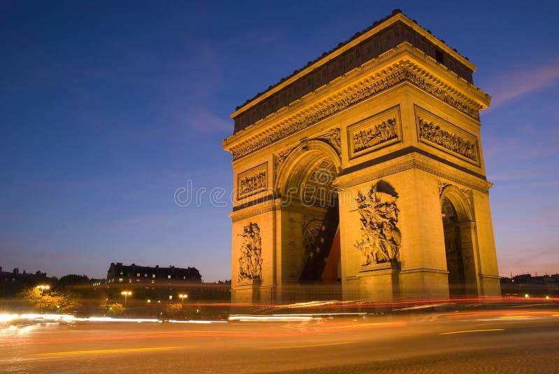 ARCO DE THRIUMPH EM PARIS, FRANCE imagens de stock