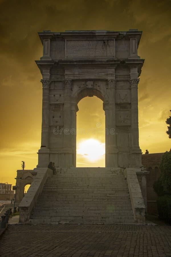 Arco de Trajan foto de stock