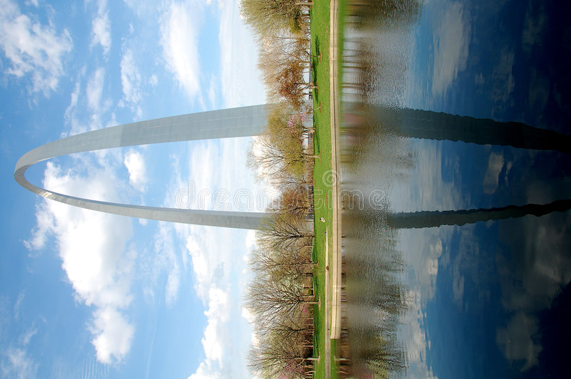 Arco del Gateway a St. Louis fotografie stock libere da diritti