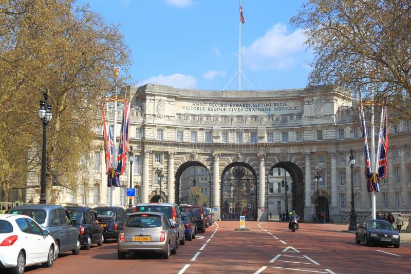 Arco del Ministerio de marina en Londres fotos de archivo