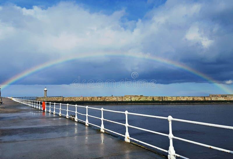 Arco dell'arcobaleno immagini stock