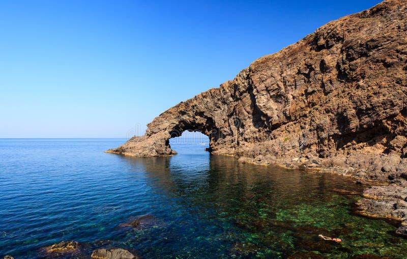 Arco dell'Elefante, Pantelleria 免版税库存图片