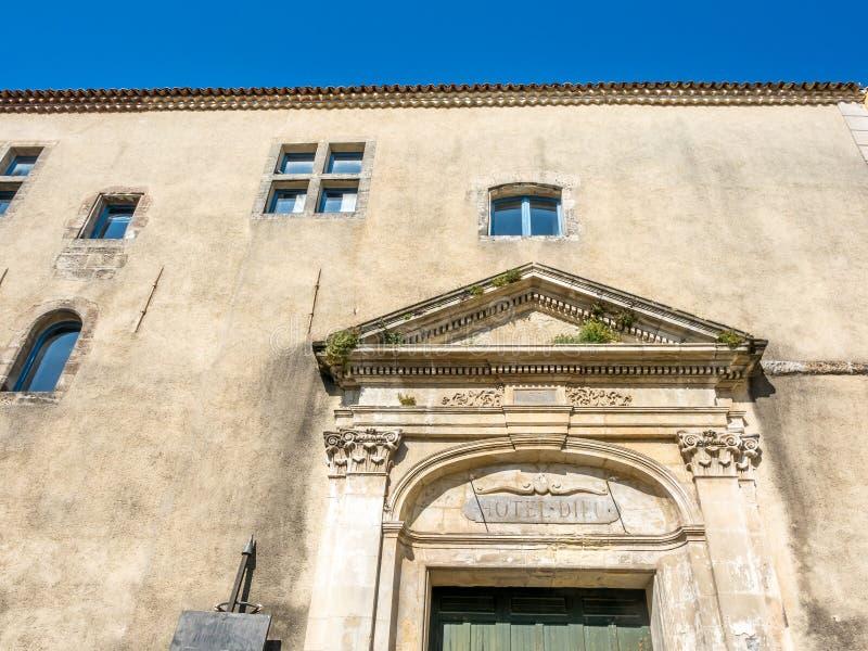 Arco della porta in Arles, Francia fotografia stock