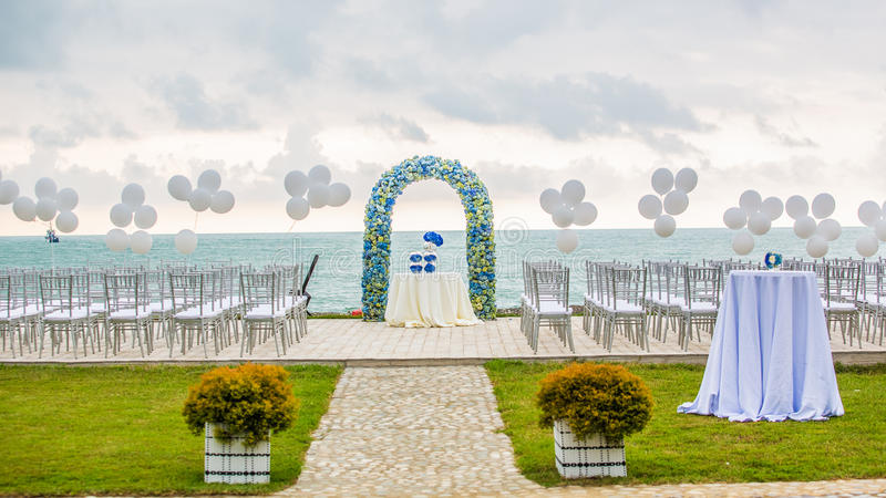 Arco do casamento de praia imagens de stock