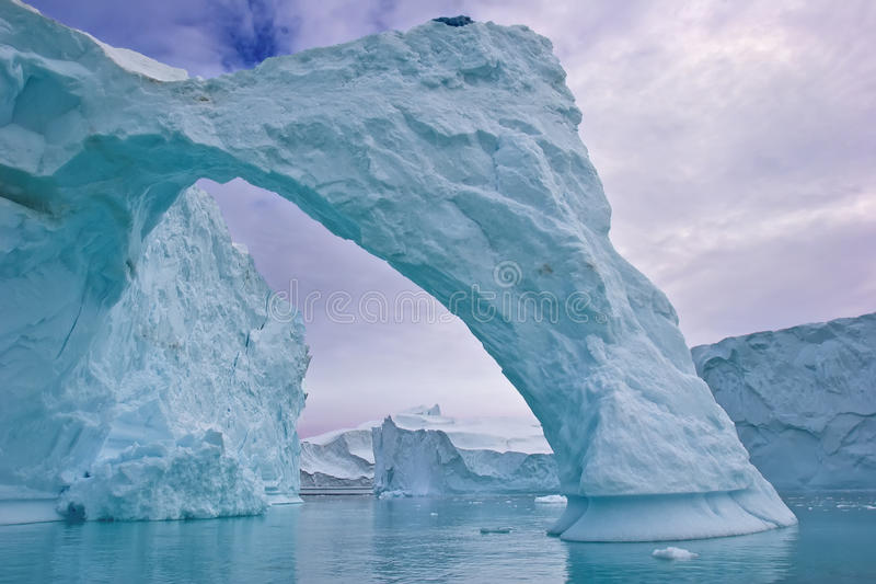Arco do iceberg fotografia de stock royalty free
